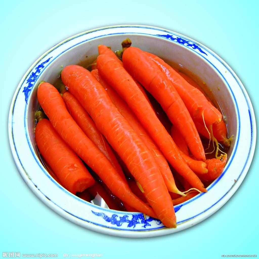 吧胡萝卜与肉类混合做馅