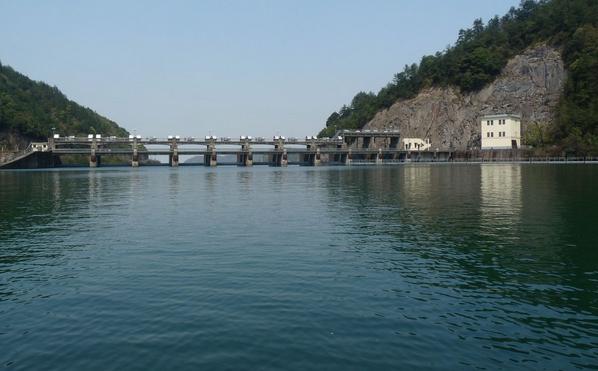 九龙湖风景区气候适宜