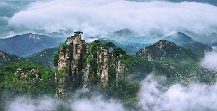 山根据地旅游风景区(aaa级)位于山东省沂水县夏蔚镇,距县城以西30