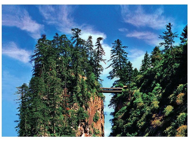 """风景区,现为国家aaaa级森林公园,被誉为陇中的""""小华山"""",""""贵清仙境""""."""