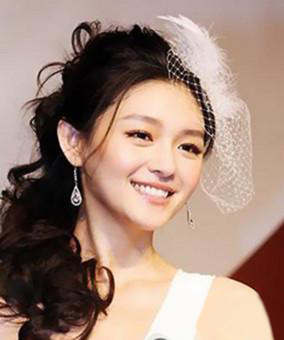 造型:不需要任何装饰,头发 花朵新娘造型图片-新娘发型 最新韩