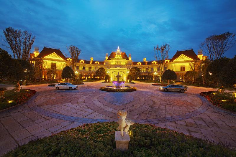 其他:天堂岛海洋公园,希尔顿酒店,极地海洋世界,洲际酒店,成都歌剧